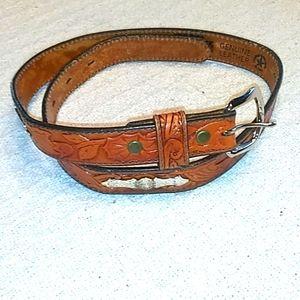 Leegin kids belt.